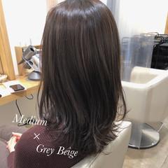 透け感アッシュ グレージュ 圧倒的透明感 ミディアム ヘアスタイルや髪型の写真・画像
