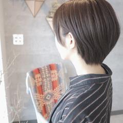 グレージュ ミニボブ ショート ショートヘア ヘアスタイルや髪型の写真・画像