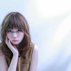 フェミニン エアリー ガーリー ミディアム ヘアスタイルや髪型の写真・画像