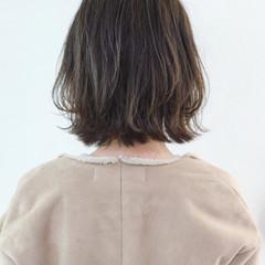 アンニュイほつれヘア 外国人風カラー ボブ アッシュ ヘアスタイルや髪型の写真・画像