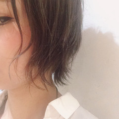 パーマ ショート ゆるふわ アッシュ ヘアスタイルや髪型の写真・画像