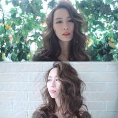 セミロング パーマ ニュアンス 小顔 ヘアスタイルや髪型の写真・画像