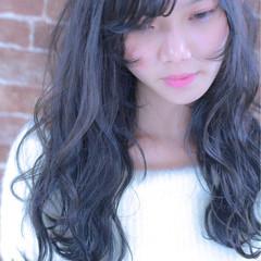 暗髪 外国人風 ロング 小顔 ヘアスタイルや髪型の写真・画像