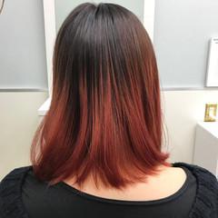 ミディアム 暗髪 グラデーションカラー 外国人風 ヘアスタイルや髪型の写真・画像