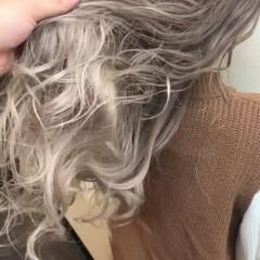 外国人風カラー デート ロング 巻き髪 ヘアスタイルや髪型の写真・画像