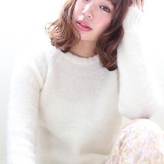 フェミニン 大人かわいい 外国人風 イルミナカラー ヘアスタイルや髪型の写真・画像