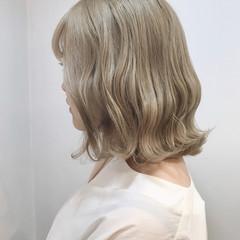 ボブ 切りっぱなしボブ ハイトーン 外国人風カラー ヘアスタイルや髪型の写真・画像