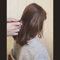 フェミニン ミディアム ヘアアレンジ ストリート ヘアスタイルや髪型の写真・画像