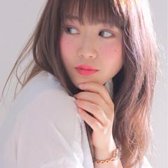 アンニュイ リラックス かわいい ロング ヘアスタイルや髪型の写真・画像