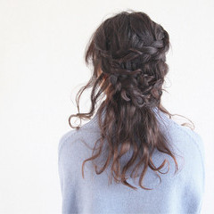 ミディアム ハーフアップ ヘアアレンジ 大人女子 ヘアスタイルや髪型の写真・画像