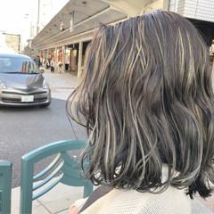 ローライト ハイライト モード ミディアム ヘアスタイルや髪型の写真・画像
