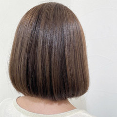 ミニボブ ボブ ナチュラル 切りっぱなしボブ ヘアスタイルや髪型の写真・画像