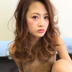 ハイライト セミロング 外国人風 レイヤーカット ヘアスタイルや髪型の写真・画像