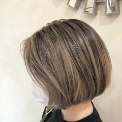 ハイトーンカラー ナチュラル インナーカラー グラデーションカラー ヘアスタイルや髪型の写真・画像