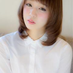 グレージュ 縮毛矯正 ミディアム パーマ ヘアスタイルや髪型の写真・画像
