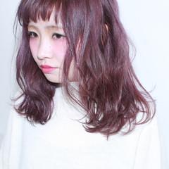 ミディアム 暗髪 ダブルカラー ストリート ヘアスタイルや髪型の写真・画像