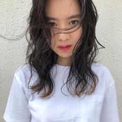 ミディアム グラデーションカラー ウェーブ スポーツ ヘアスタイルや髪型の写真・画像