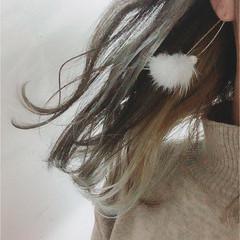 グラデーションカラー ハイライト ガーリー アッシュベージュ ヘアスタイルや髪型の写真・画像