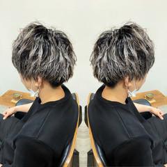 刈り上げ ツイスト ショート メンズパーマ ヘアスタイルや髪型の写真・画像
