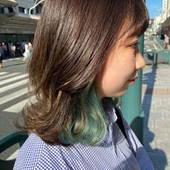 デザインカラー ブリーチカラー ミディアム ウルフカット ヘアスタイルや髪型の写真・画像