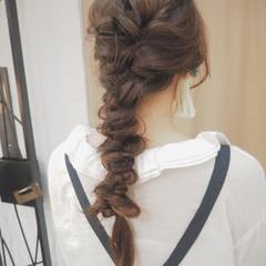 くるりんぱ ロング ナチュラル 編み込み ヘアスタイルや髪型の写真・画像