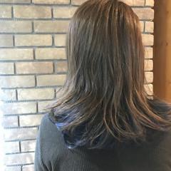 ミディアム ブルージュ ブルー ラフ ヘアスタイルや髪型の写真・画像