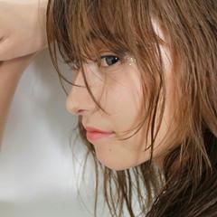 ストリート ミディアム ハイライト くせ毛風 ヘアスタイルや髪型の写真・画像