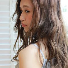 フェミニン 外国人風 パーマ ガーリー ヘアスタイルや髪型の写真・画像