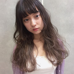 外国人風 大人女子 ロング ガーリー ヘアスタイルや髪型の写真・画像