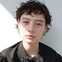 黒髪 ベリーショート モード パーマ ヘアスタイルや髪型の写真・画像