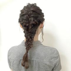 ロング フェミニン 大人かわいい 編み込み ヘアスタイルや髪型の写真・画像
