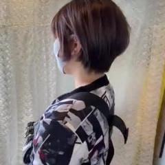ふんわり前髪 ショートヘア フェミニン ショートボブ ヘアスタイルや髪型の写真・画像