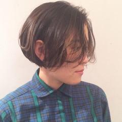アッシュ ショート 暗髪 外国人風 ヘアスタイルや髪型の写真・画像