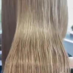 ナチュラル ミルクティーベージュ ミルクティーグレージュ サイエンスアクア ヘアスタイルや髪型の写真・画像