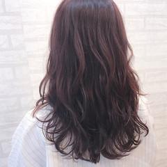 ロング ベージュ リラックス ピンクアッシュ ヘアスタイルや髪型の写真・画像
