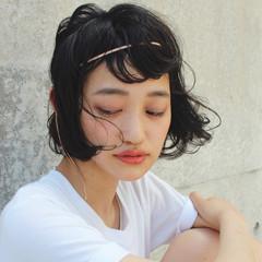 ミディアム パーマ 大人女子 モード ヘアスタイルや髪型の写真・画像