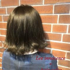暗髪 アッシュ グレージュ ガーリー ヘアスタイルや髪型の写真・画像
