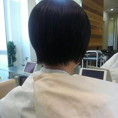 グレージュ ショート 前髪あり 冬 ヘアスタイルや髪型の写真・画像