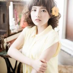 ミディアム ガーリー フェミニン ゆるふわ ヘアスタイルや髪型の写真・画像