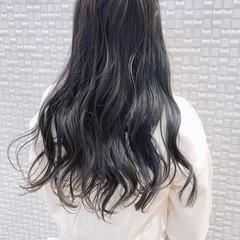 グレーアッシュ モード グレージュ セミロング ヘアスタイルや髪型の写真・画像
