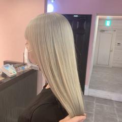 ヨシンモリ セミロング 韓国風ヘアー ブリーチカラー ヘアスタイルや髪型の写真・画像