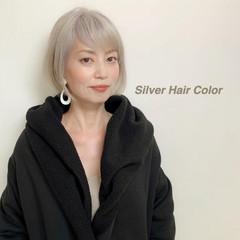 シルバー ホワイトブリーチ モード ボブ ヘアスタイルや髪型の写真・画像