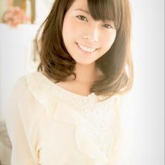 大人女子 小顔 大人かわいい ナチュラル ヘアスタイルや髪型の写真・画像