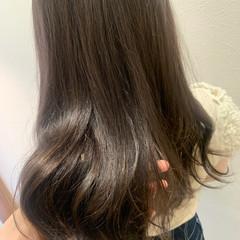 ナチュラル ロング グレージュ ショコラブラウン ヘアスタイルや髪型の写真・画像