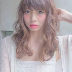 ローライト コンサバ ゆるふわ グラデーションカラー ヘアスタイルや髪型の写真・画像