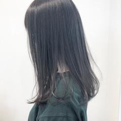 グレージュ ダークグレー シアーベージュ 透明感 ヘアスタイルや髪型の写真・画像