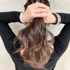 モカベージュ ナチュラル セミロング エアータッチ ヘアスタイルや髪型の写真・画像
