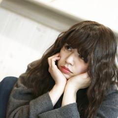 セミロング フェミニン 外国人風 大人かわいい ヘアスタイルや髪型の写真・画像