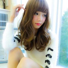 イルミナカラー モテ髪 ナチュラル ゆるふわ ヘアスタイルや髪型の写真・画像