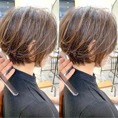 簡単スタイリング スタイリング動画 ショートパーマ ショート ヘアスタイルや髪型の写真・画像